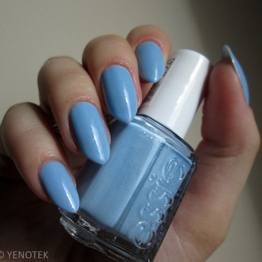 Essie Rock the Boat Swatch by Yenotek