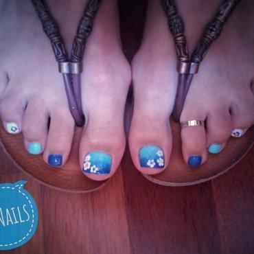 Happy Summer Toes nail art by NaNails