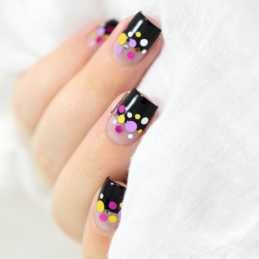 Icing Confetti nail art by Marine Loves Polish