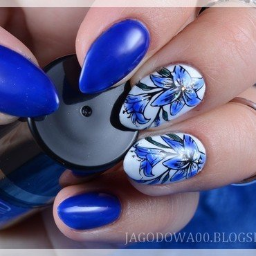 Blue lily nail art by Jadwiga