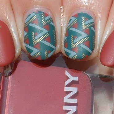 #glamnailschallengesept Shapes nail art by Plenty of Colors