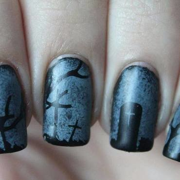Spooky Graveyard (Halloween design) nail art by Reelika