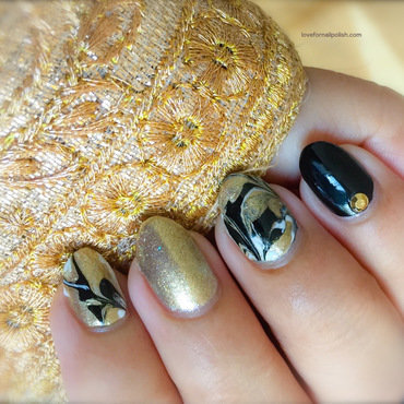 Gold, Black and White Marble Nails with No Water nail art by Demi