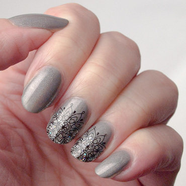 Friday Triad: inspired by JauntyJuli nail art by What's on my nails today?