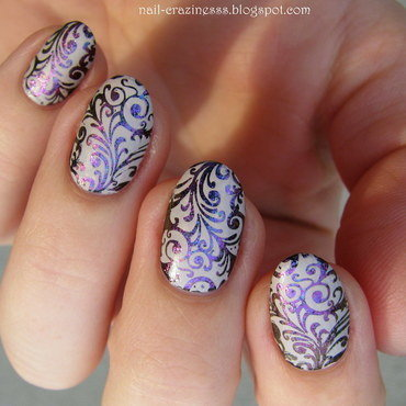 Simple flourishes nail art by Nail Crazinesss