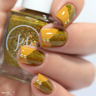 Holo & cream nail art  nail art by melyne nailart