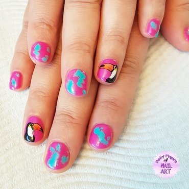 Toucan nails nail art by Funky fingers nail art