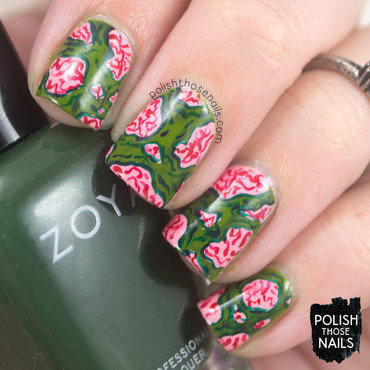 Zombie green distressed brain pattern halloween nail art 4 thumb370f