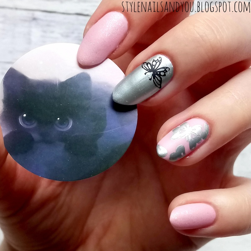 Dream Of Fly nail art by StyleNailsAndYou