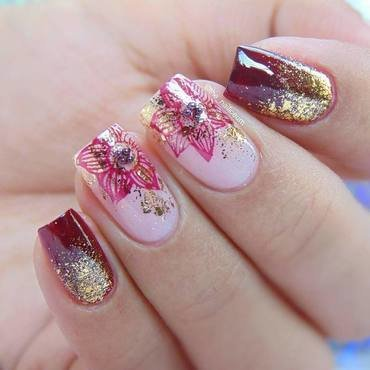 holo glitter flower nail design nail art by beautybigbang