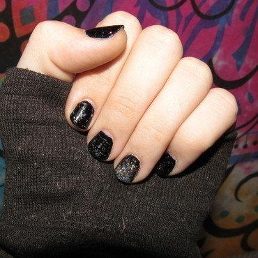 Black Holo nail art by Juli