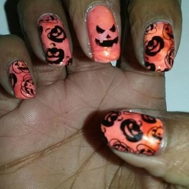 Everywhere pumpkins  nail art by Sofala