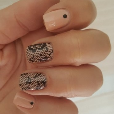 Tracery nail art by Katarinna
