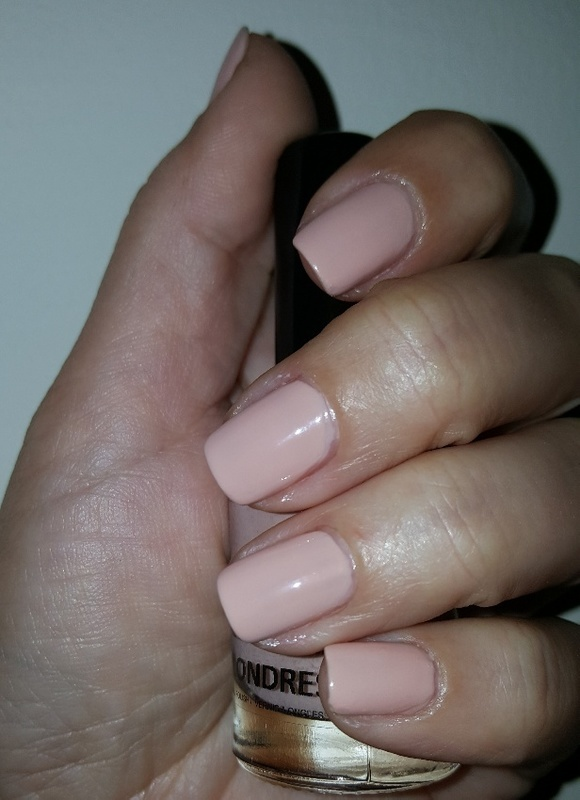 Sb Nails Londres Swatch by Katarinna