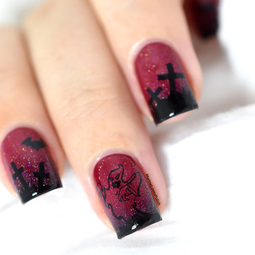 Halloween ghost nail art by Marine Loves Polish