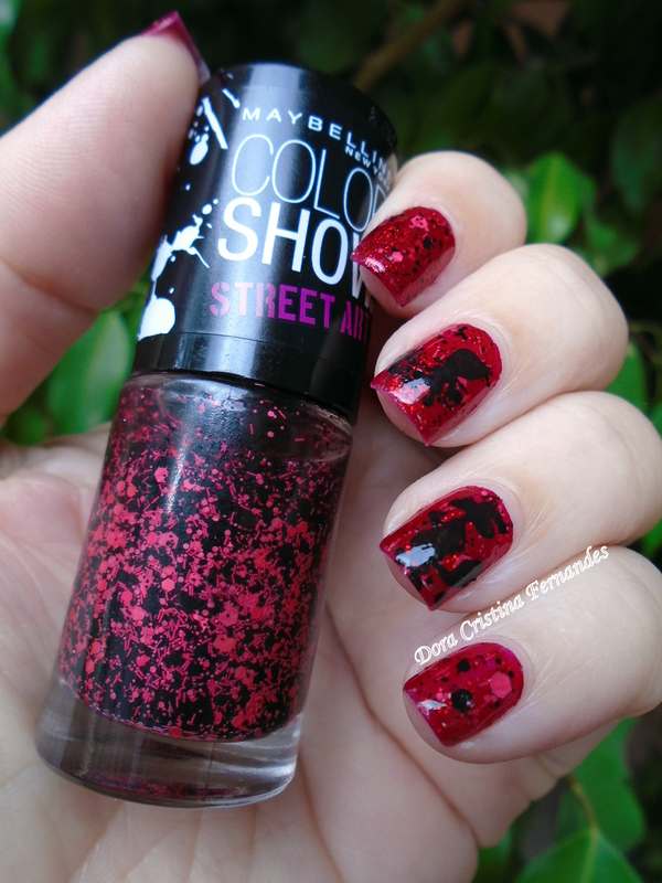 Little Red Riding Hood Nails nail art by Dora Cristina Fernandes