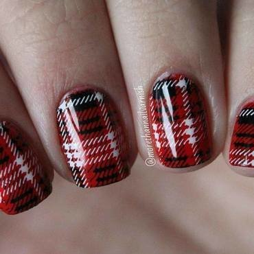 Plaid design nail art nail art by Reelika