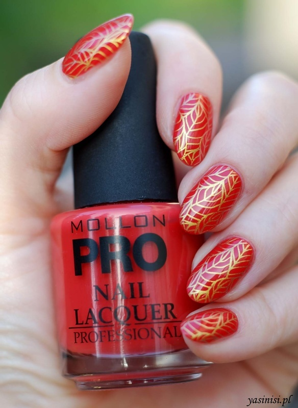 Red and Gold nail art by Yasinisi