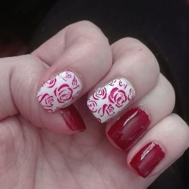 Red and white flower stamping nail art by Daisyq