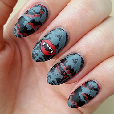 Vampires / Bats - #clairestelle8halloween Challenge nail art by Mgielka M