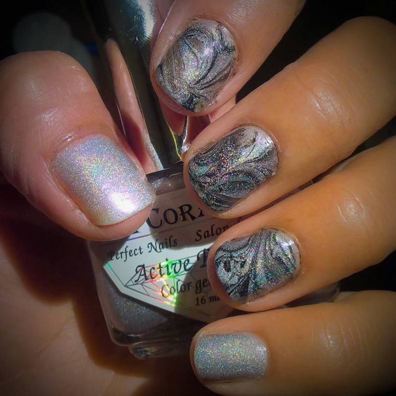 Holomarble for When Colours Collide nail art by Avesur Europa