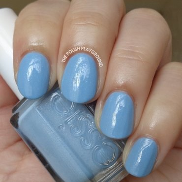 Essie Rock the Boat Swatch by Lisa N