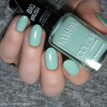 eveline 915 Swatch by Nail Crazinesss