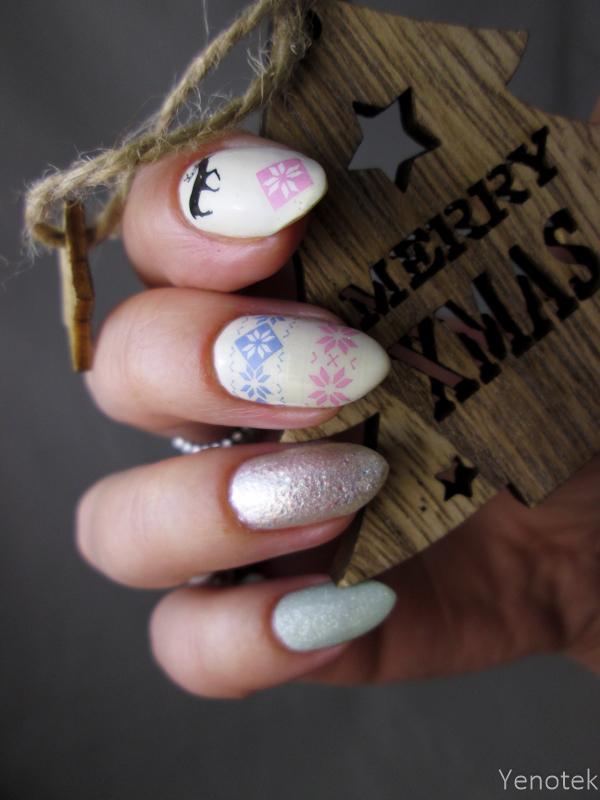Winter manicure nail art by Yenotek