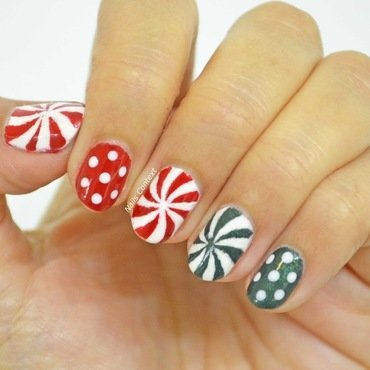 Christmas 20candy 20nails 2001 thumb370f