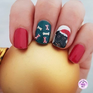 Doggy christmas nail art by Funky fingers nail art