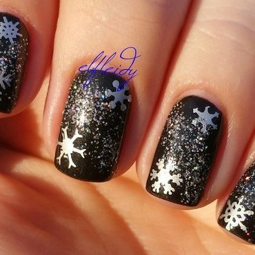 More snowflakes nail art by Jenette Maitland-Tomblin