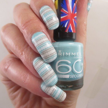 Winter Mint Stripes nail art by NinaB