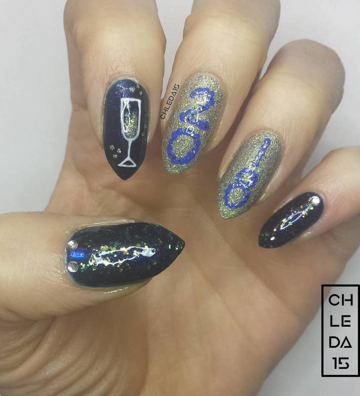 2018 #1 - Happy 2018! nail art by chleda15