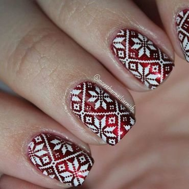 Christmas sweater Nail Art nail art by Reelika