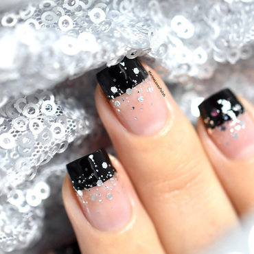Happy new year nail art negative space 20 7  thumb370f