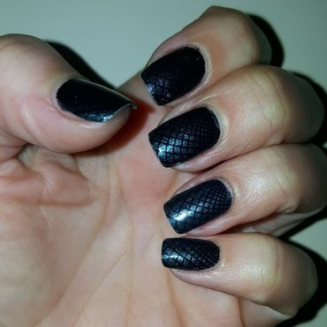 Whatelse but blue nail art by Katarinna