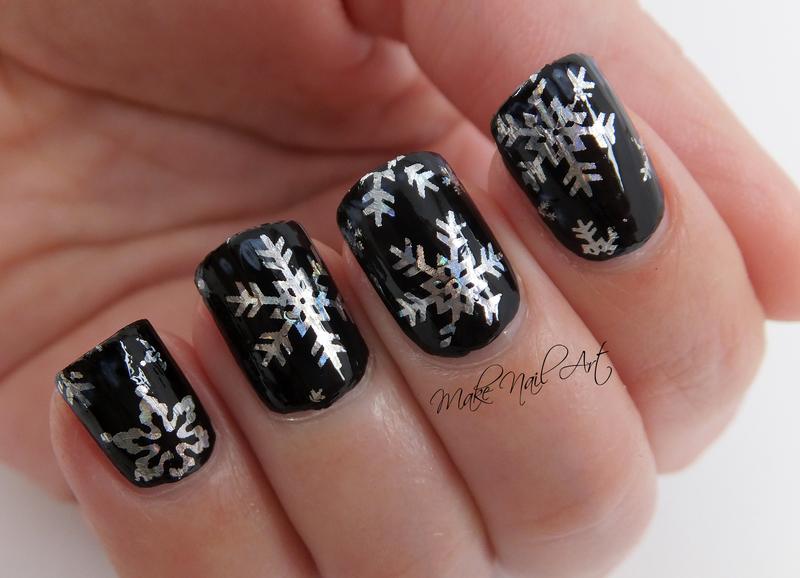 Snowflakes Nail Art Design nail art by Make Nail Art