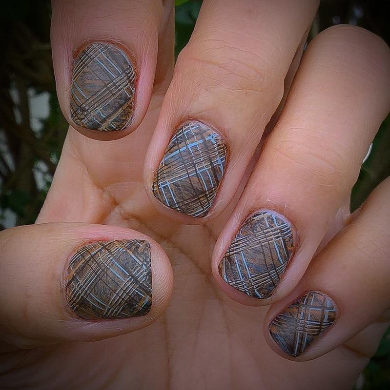 Winter Plaid over #fanbrushfriday nail art by Avesur Europa