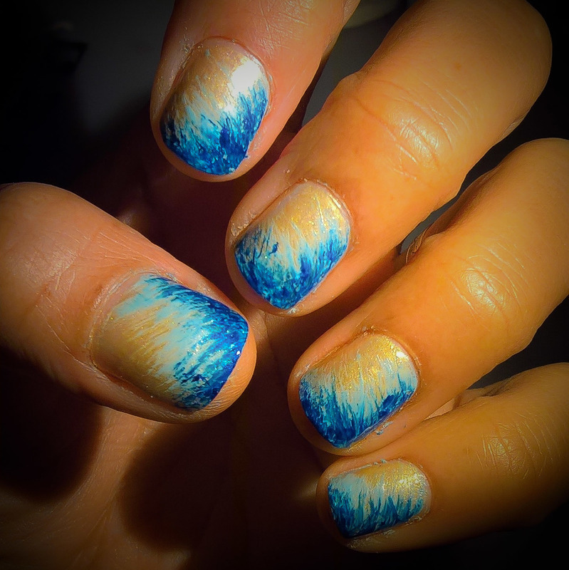 Gold, Baby Blue and Dark Blue #fanbrushfriday  nail art by Avesur Europa