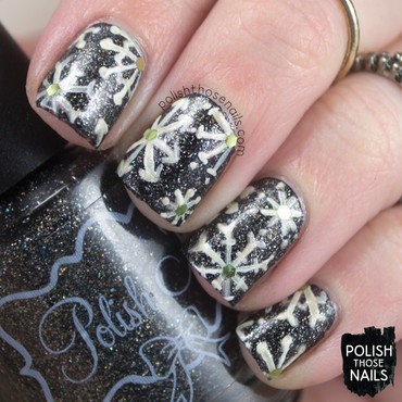The Golden Snowflakes Always Fall nail art by Marisa  Cavanaugh