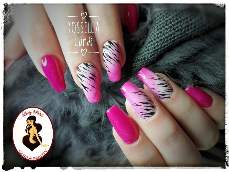 Zebra ary nail art by Rossella Landi