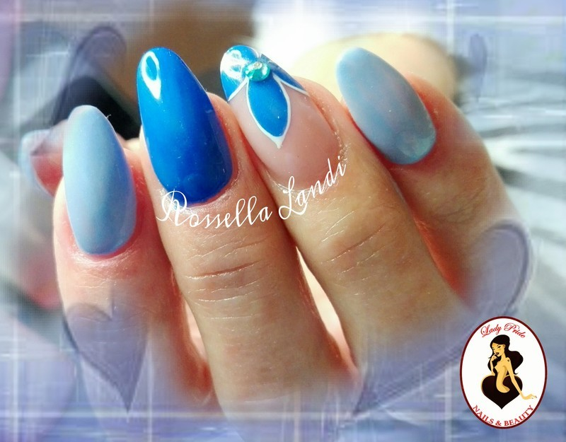 Bluette nail art by Rossella Landi