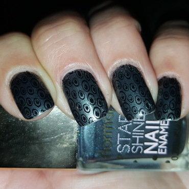 Shinning Grey nail art by Katarinna