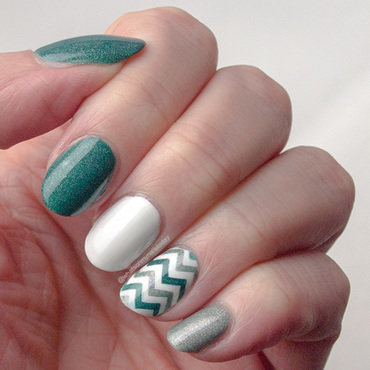 Friday Triad: inspired by Didoline nail art by What's on my nails today?
