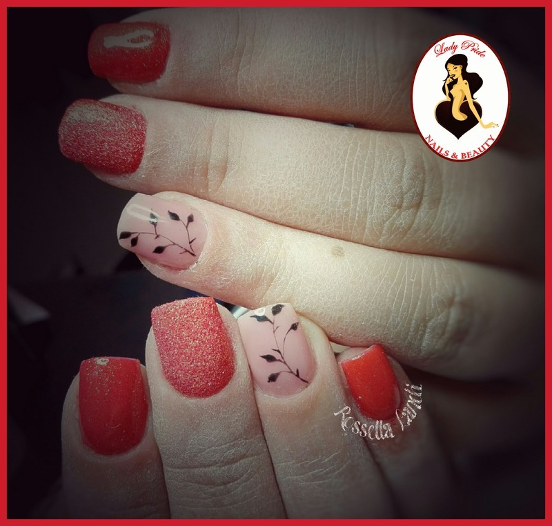Shortred nail art by Rossella Landi