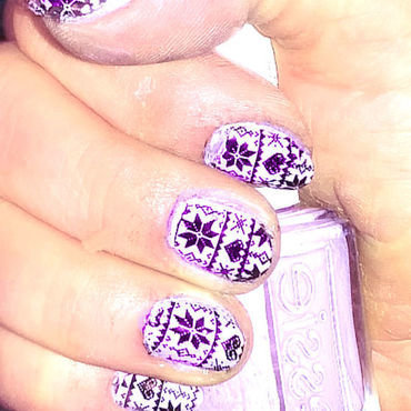 Winter nail art by FRANCESCA SPORTELLA