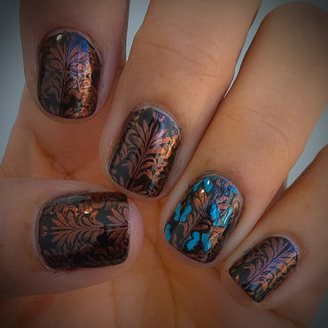 Damask and Blue Butterflies  nail art by Avesur Europa