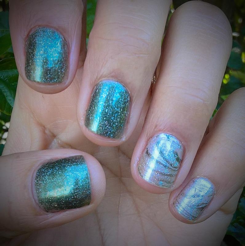 Marble Holo nail art by Avesur Europa