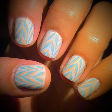 Y for Yarn nail art by Avesur Europa