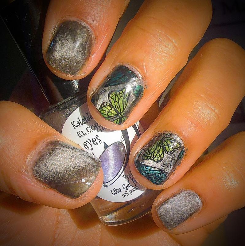 Magnetic Butterflies nail art by Avesur Europa
